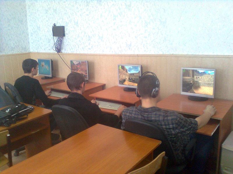 «Кибер – спорт»: CS и FIFA