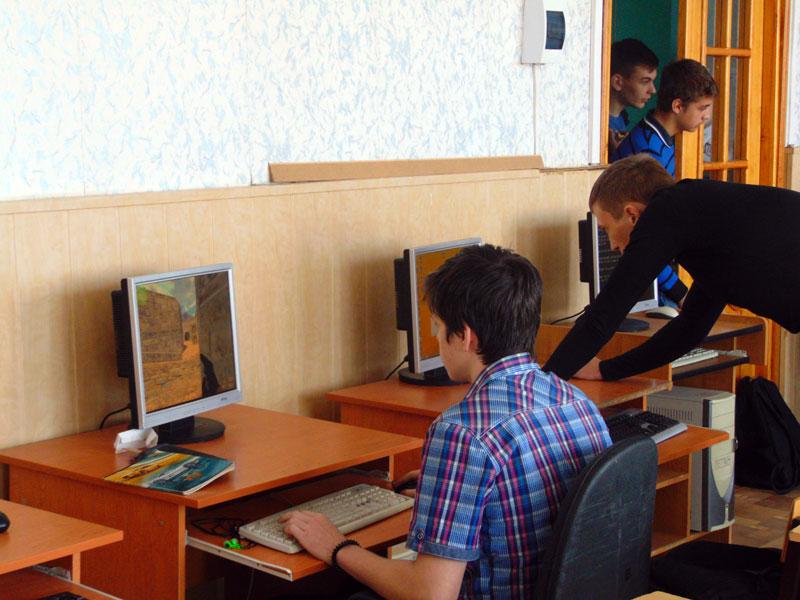 Турнир по кибер-спорту в дисциплине «Counter-Strike 1.6»